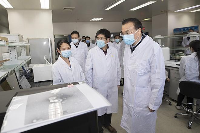 Врачи оценили лекарства от Минздрава для лечения коронавируса