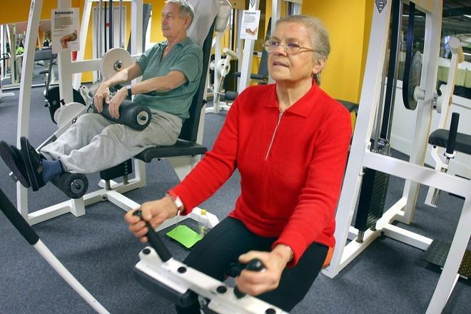 Роспотребнадзор: зарядка вдвое уменьшает риск развития болезни Альцгеймера