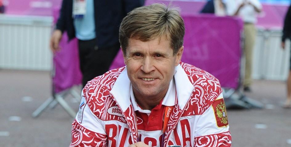 РУСАДА заявило о продолжении работы дисквалифицированного тренера Чегина