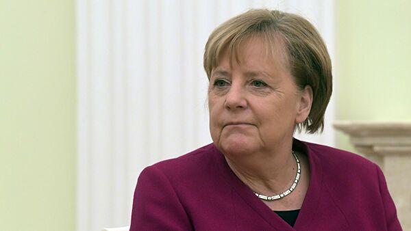 Меркель поздравила Мишустина со вступлением в должность премьера