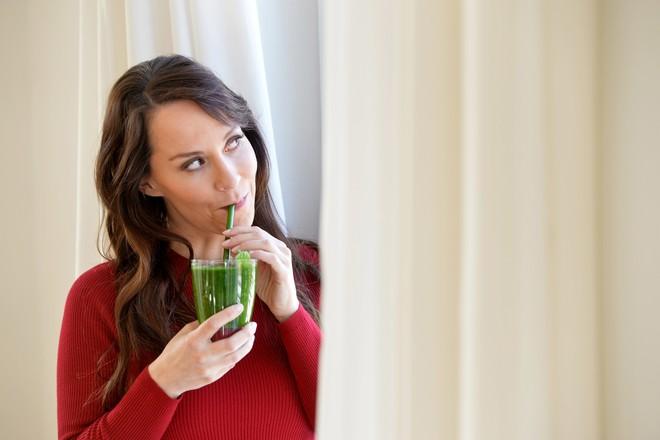 Раскрыта опасность диет после новогодних застолий