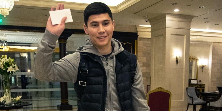 Капитан сборной Казахстана по футболу прибыл на просмотр в «Зенит»