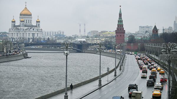Московских водителей предупредили о непогоде