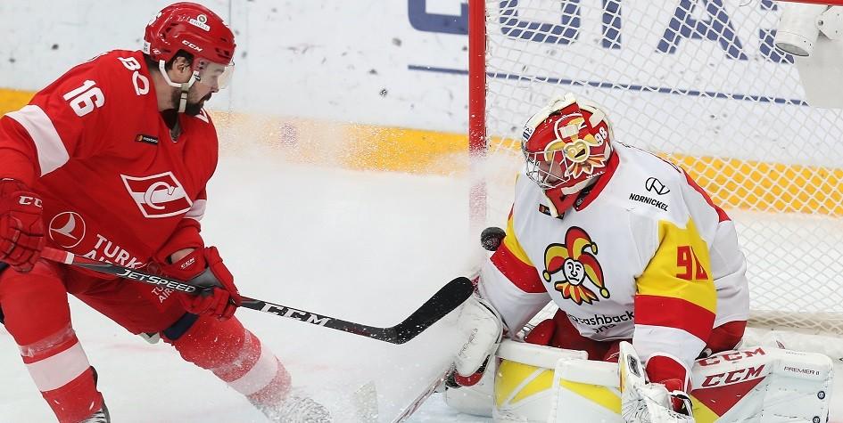 «Спартак» потерпел четвертое поражение в пяти последних матчах КХЛ