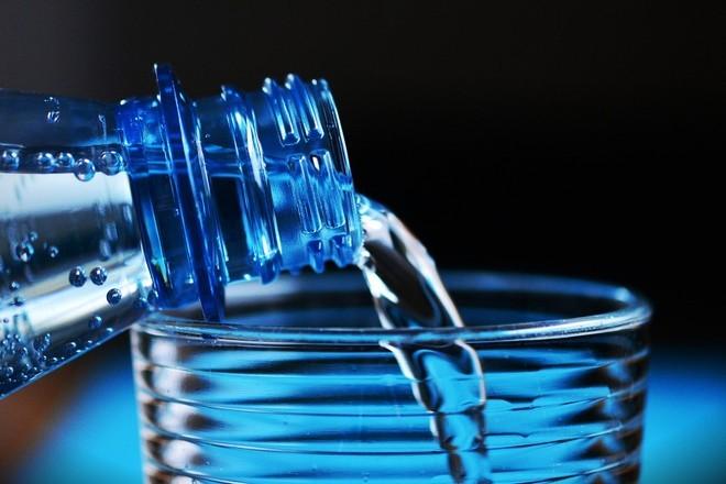 Специалисты рассказали о признаках нехватки воды в организме