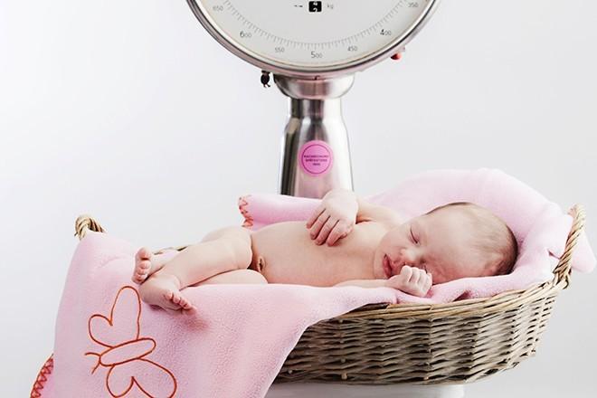 Учёные установили связь между весом младенца и его выносливостью в будущем