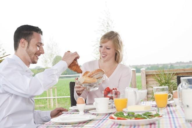 Установлена связь между качеством пищи и уровнем спермы у мужчин