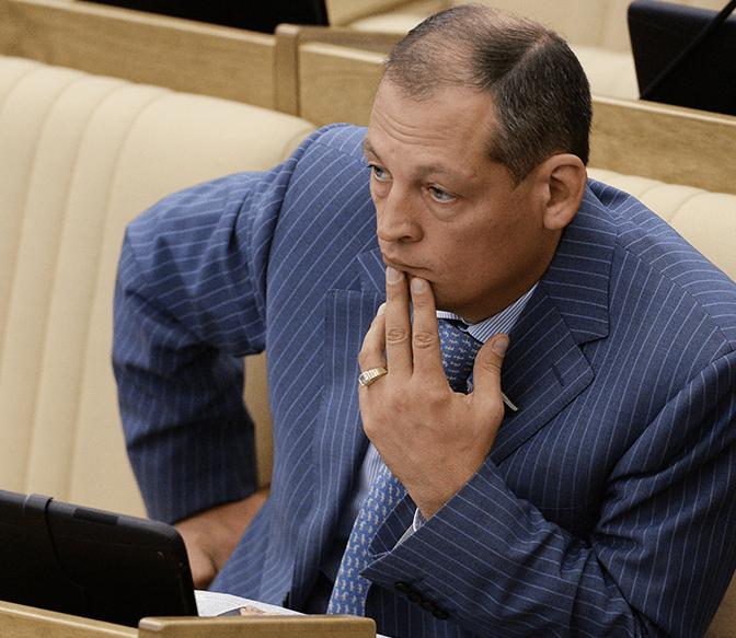 Депутат Госдумы разбился на вертолете