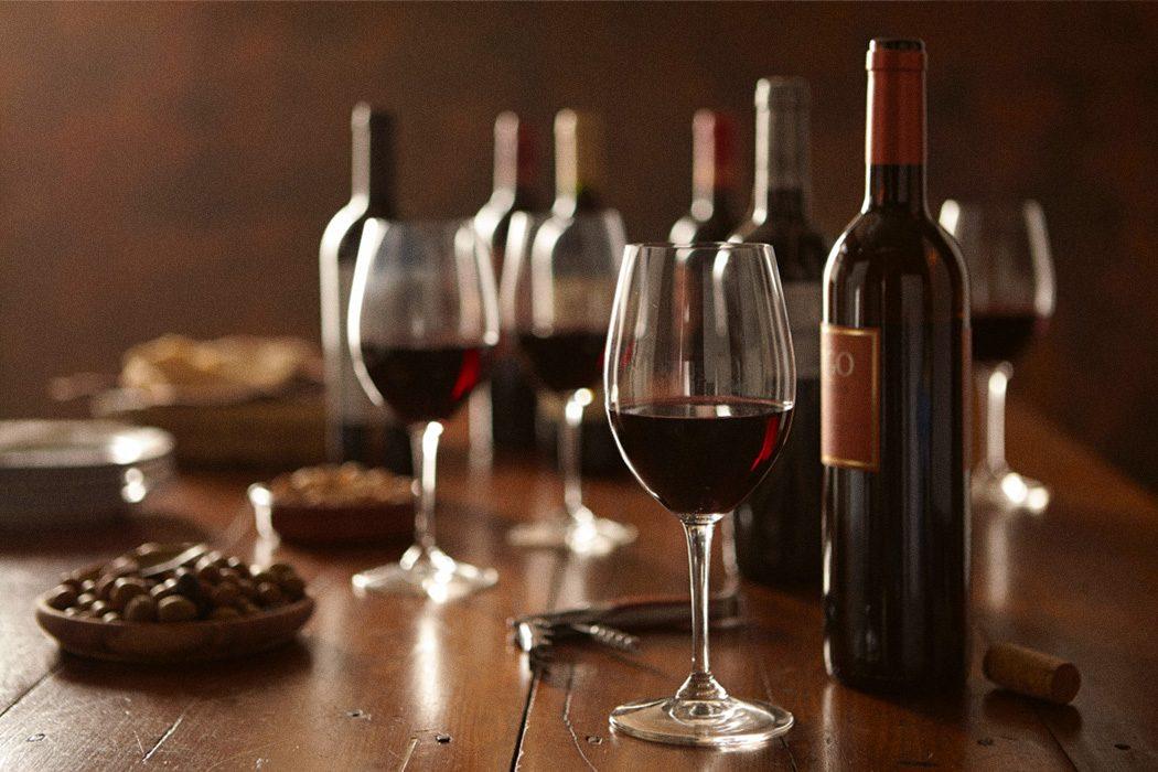 Роскачество 14 февраля: Правильное вино для романтического ужина
