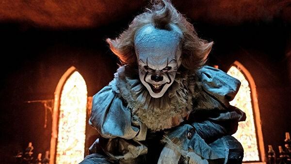"""Смеющийся клоун из """"Оно"""" напугал слушателей детского плейлиста"""