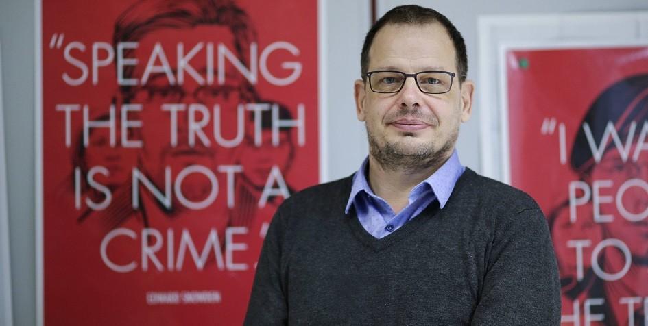 Посольство объяснило отказ в российской визе автору фильма о допинге