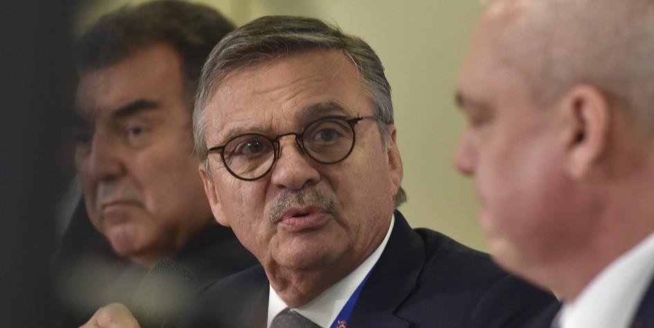 IIHF не получила от Швейцарии ответ о проведении ЧМ-2020