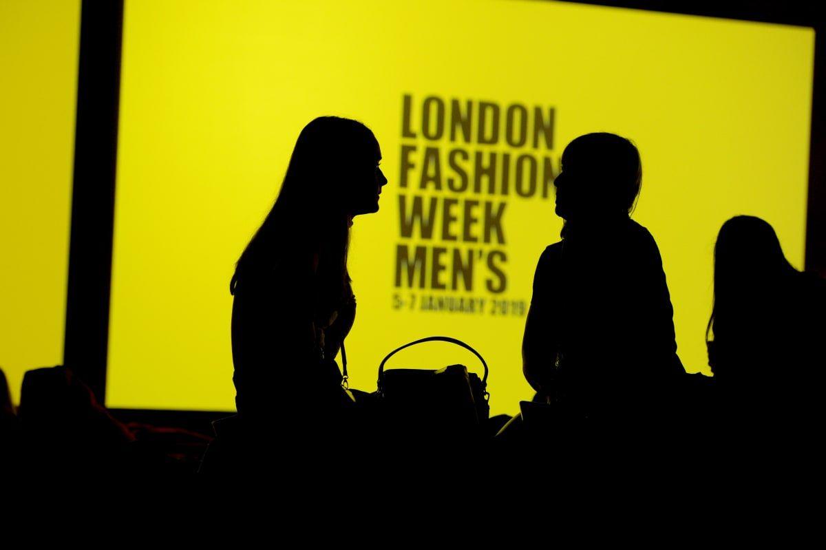 Лондонская неделя моды пройдет в онлайн-формате и будет гендерно-нейтральной