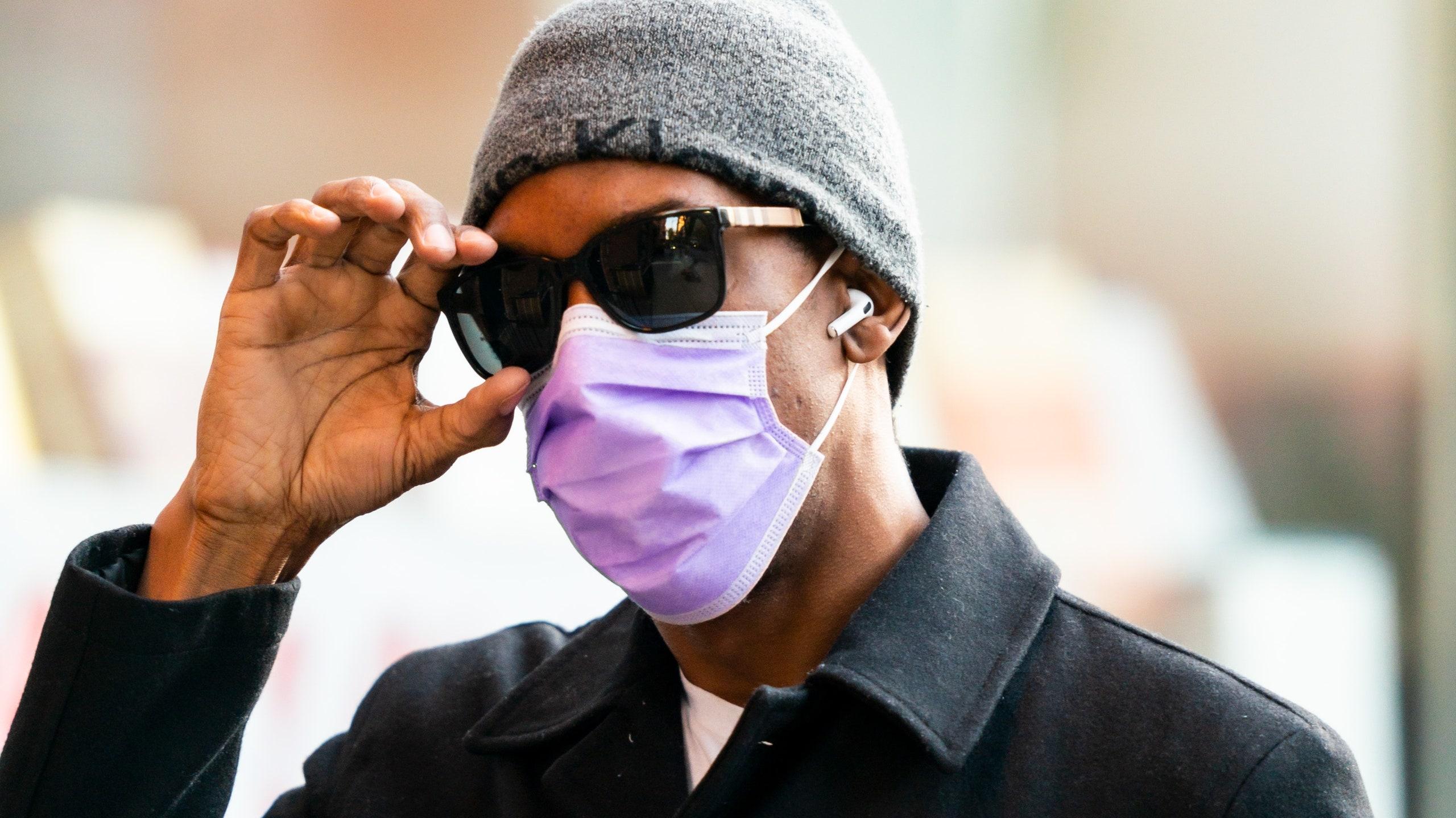 Как носить маску с очками