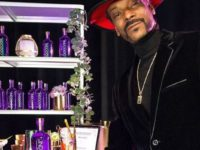 Snoop Dogg запустил собственную линию джинов INDOGGO