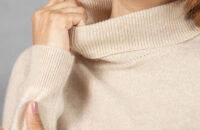 Как колючий свитер сделать мягким