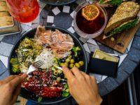 Отказ от ужина опасен. Рассказываем чем