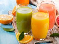 Диетолог развеяла несколько мифов о здоровом питании. Под удар попал свежевыжатый сок