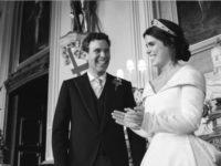 Беременная принцесса Евгения опубликовала три новые фотографии со своей королевской свадьбы