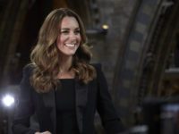 Черный смокинг — примета будущей королевы. Самый роскошный выход Кейт Миддлтон в 2020 году