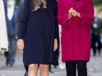 Какое пальто выбрать на осень? Королева Летиция предпочитает фуксию