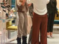 Какой российской актрисе Сара Джессика Паркер подбирает обувь?