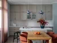 Квартира 100 м² в оттенках зелени, моря, песка и заката