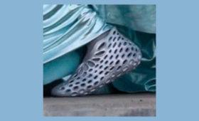 «Боже, нет, у меня трипофобия»: появились новые фото кроссовок Yeezy Foam Runner