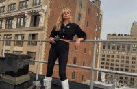 Чудо-женщина: беременная Эльза Хоск в жакете Chanel и облегающих брюках Zara