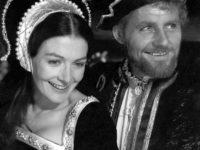 Королевы, войны и интриги: 10 хороших фильмов о британской истории