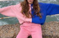 Нам всем нужен уютный и яркий спортивный костюм, как у модели Клары Берри
