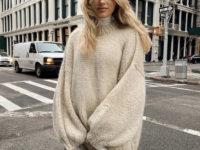 Очень большой свитер + легинсы: уютный и теплый образ Эльзы Хоск для поздней осени