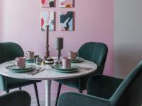 Розовый цвет в интерьере: 35 вдохновляющих примеров