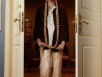 Клипсы Шанель и блузы Сен-Лорана: первая большая съемка ELLE винтажной одежды