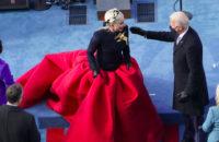 Арт-директор Schiaparelli рассказал о создании инаугурационного наряда Леди Гаги