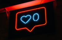 Не отрекаются, лайкая: как соцсети отменили разводы