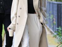 Пальто мечты— Хейли Бибер в Balenciaga