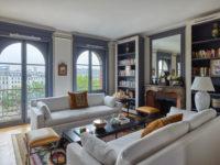 Парижская квартира с видом на Лувр