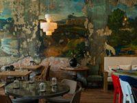 Ресторан «Цех» с фресками советской эпохи во Владивостоке