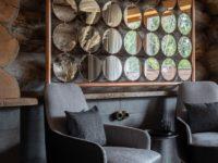 Деревянная баня с высокотехнологичным дизайном в Подмосковье