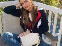 Идеальная сумка на весну, которая дополнит любой образ: показывает Миранда Керр