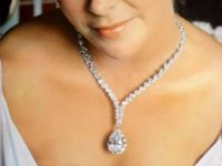 История одного украшения: огромный бриллиант, принадлежавший Элизабет Тейлор