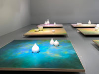 «Откровение чудесного пруда»: выставка Паруйра Давтяна в МАММ