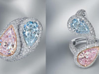 Сразу два редчайших бриллианта стали частью кольца-трансформера MaximiliaN London