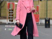 И снова розовый: Кейт Миддлтон в невероятно красивом пальто оттенка жвачки