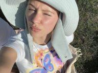 Где найти большую панаму на лето? Подсказывает дочь Джуда Лоу