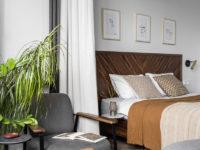 Кровать с деревянным изголовьем: 30+ впечатляющих примеров