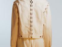 Куртки-трансформеры и джинсы со шнуровкой в новой коллекции Weekday