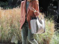 «Принцип персика»— цветовое сочетание, которое использует в своем гардеробе Джессика Альба