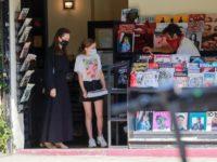 Новый черный Анджелины Джоли— с длинным рукавом и по щиколотку